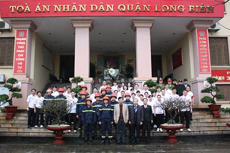 Ly hôn tại Tòa án nhân dân quận Long Biên