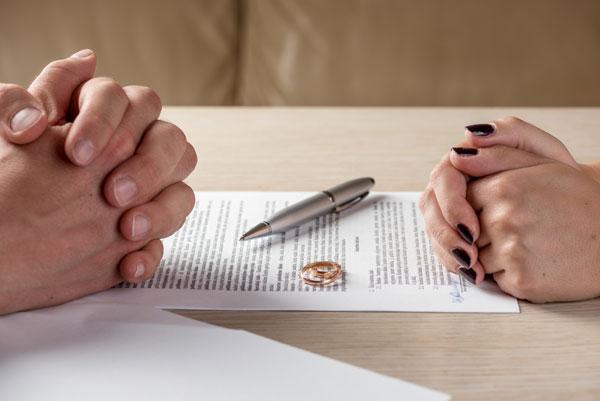 Sự khác nhau giữa ly hôn đơn phương và ly hôn thuận tình