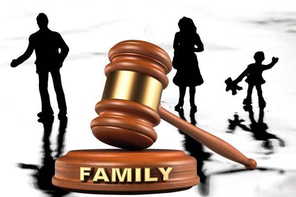 Chia tài sản cho con cái trong thời kỳ hôn nhân