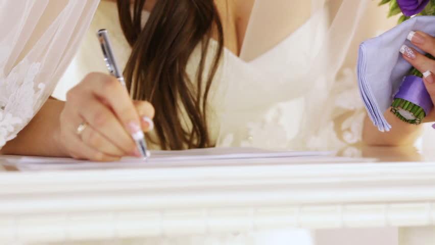 Các vấn đề pháp lý trong hợp đồng hôn nhân