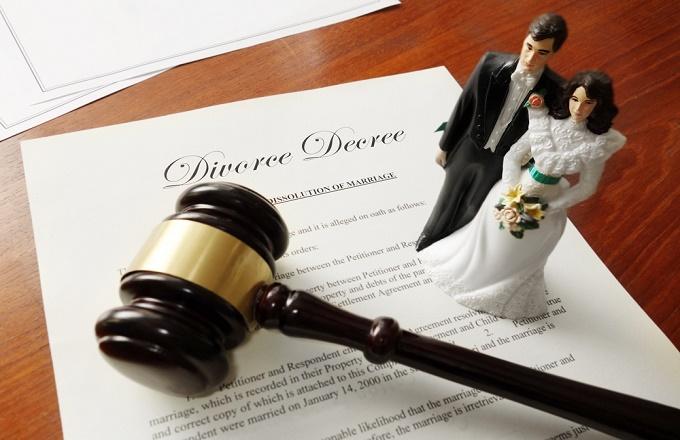 Ly hôn đơn phương nên có luật sư tư vấn