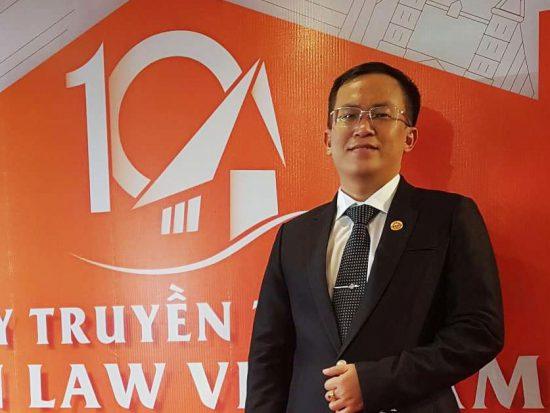"""Luật sư Nguyễn Đức Hoàng – Là """"thầy cãi"""" và còn là người """"gác cổng"""" cho công lý."""